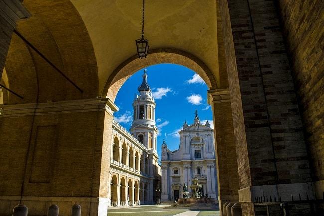 Basilica di Loreto, Santuario della Santa Casa