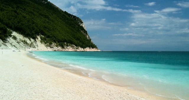 parco del conero spiagge