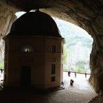 Tempio del Valadier: grotta
