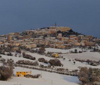 Marche in inverno: Camerano (AN) sotto la neve