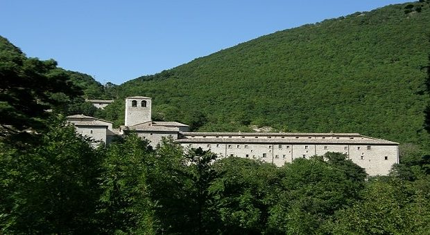 Monasteri nelle Marche, il Monastero di Fonte Avellana a Serra Sant'Abbondio