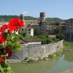 Fiera Nazionale del Tartufo a Sant'Angelo in Vado 2018: panorama dal fiume