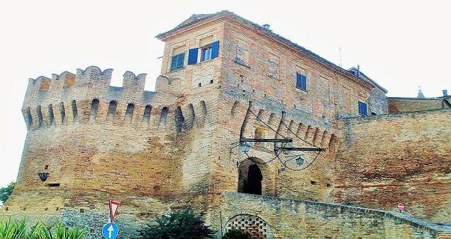 Borghi più belli d'Italia: Corinaldo
