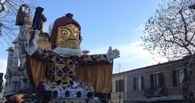 Carnevale Fano, grandi Corsi mascherati