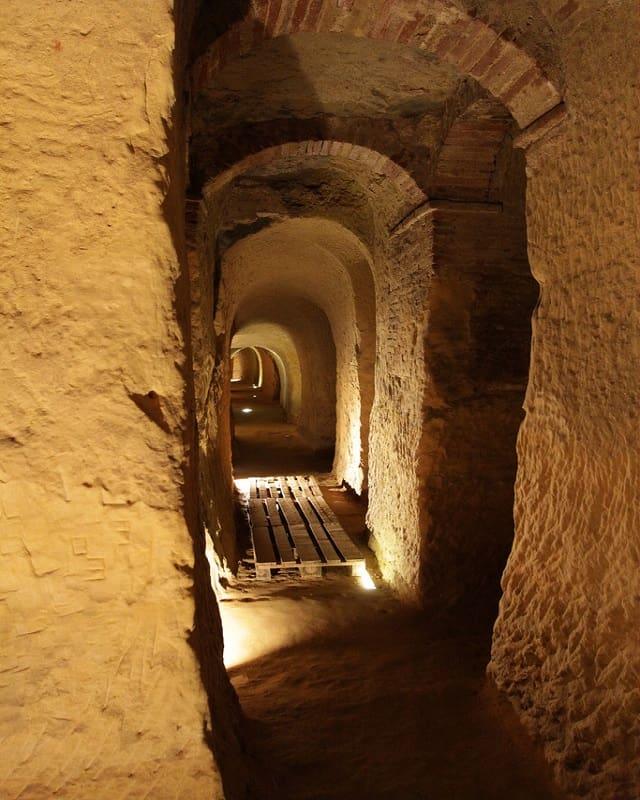 Osimo, grotte