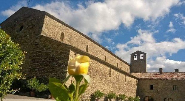 L'Abbazia di San Michele Arcangelo a Lamoli di Borgo Pace