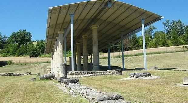 Area archeologica La Cuma a Monte Rinaldo nelle Marche