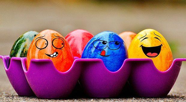 Tradizioni di Pasqua nelle Marche: uova sode colorate