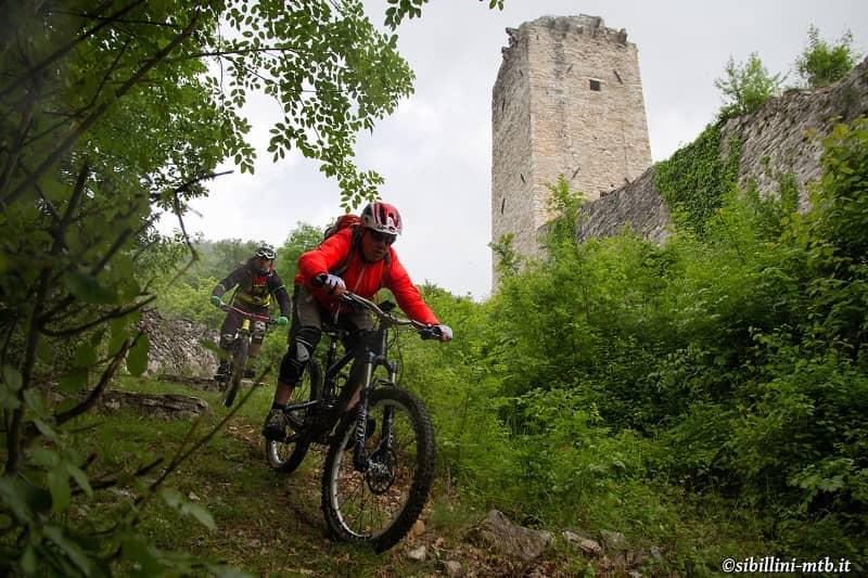 Marche Outdoor, Torre di Castelsantangelo sul Nera