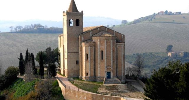 Offida: Santa Maria della Rocca